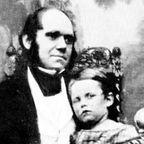 https://upload.wikimedia.org/wikipedia/commons/5/57/Charles_and_William_Darwin.jpg
