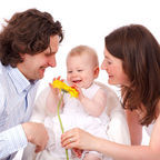 Vera Kratochvil - http://www.publicdomainpictures.net/view-image.php?image=11150&picture=happy-family