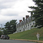 https://commons.wikimedia.org/wiki/File%3AOlder_adult_ped_in_poor_walking_enviro_near_cville_(4904751913).jpg